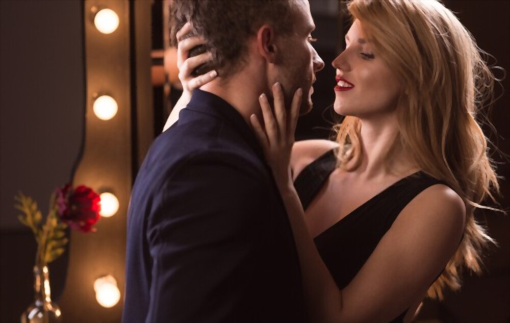 How To Seduce A Man : 15 Tips That Works like Magic